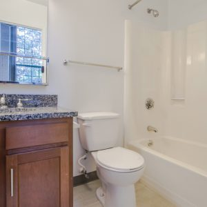 Ribbon Mill Apartments bathroom